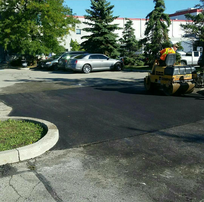 commercial asphalt paving